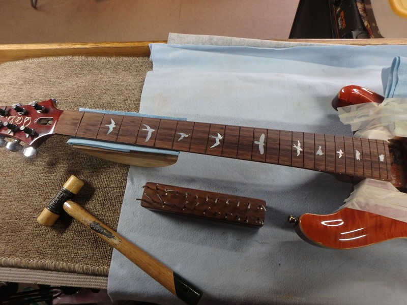 ギター修理 フレット